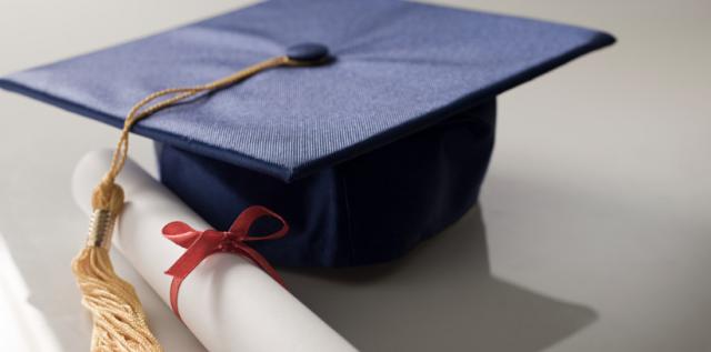 http://mediad.publicbroadcasting.net/p/wamc/files/styles/x_large/public/201501/graduationcap.jpg