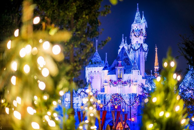 christmas-trees-sleeping-beauty-castle-disneyland